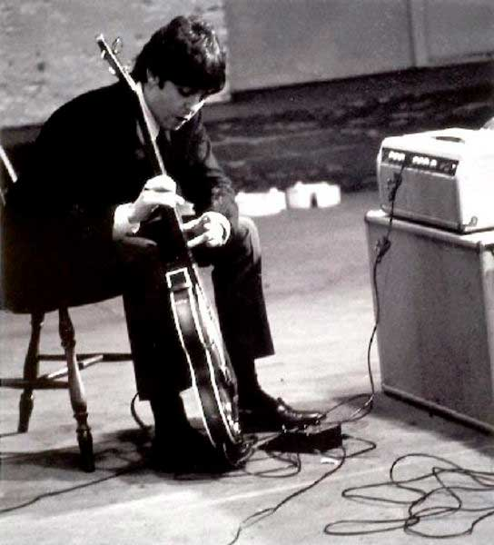 Paul with the Sola Sound MK I