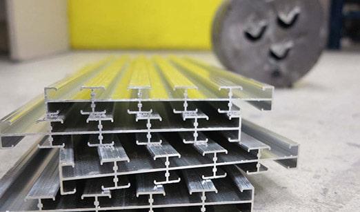 pedalboard aluminium extrussion tracks aclam